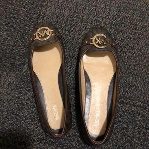Never worn Michael kors shoes